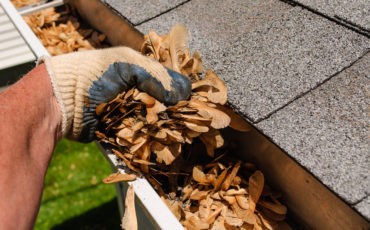 Preparing Your Gutters For Fall: 3 Tips For End-of-Summer Maintenance