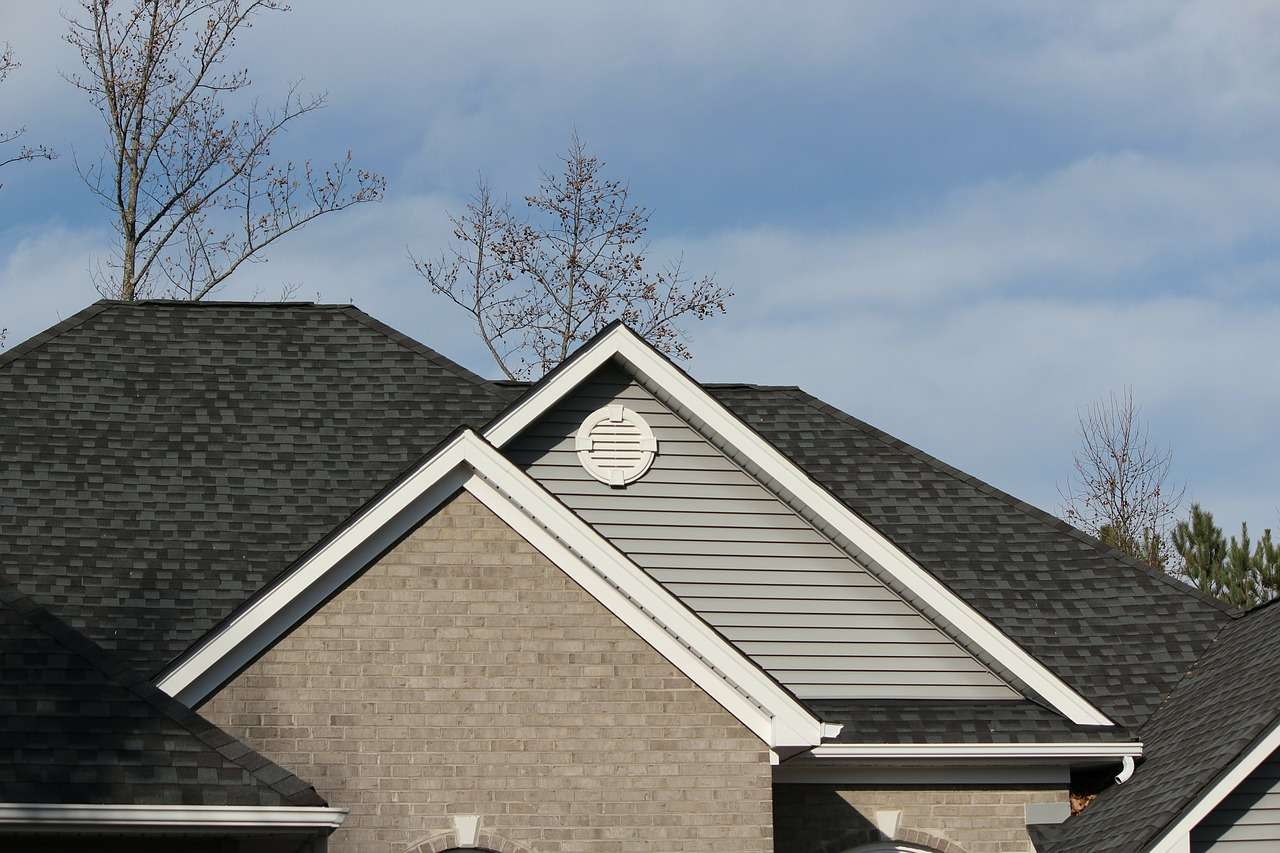 How Long Do Asphalt Shingles Last?